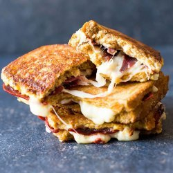 French Toast Sandwiches recipe