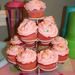 Pretty in Pink Strawberry Cupcakes recipe