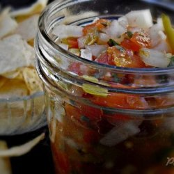 Homemade Salsa and Fried Tortilla Chips With Seasoning - Deen recipe