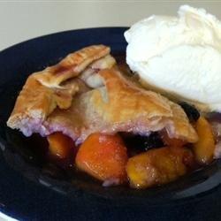 Little Ann's Peach and Blueberry Pie recipe