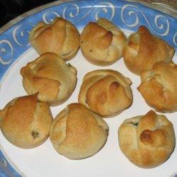 Cheesy Chicken Spinach Appetizer Puffs recipe