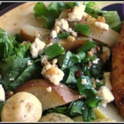 Blue Cheese and Pear Salad recipe