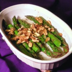 Baked Asparagus With Toasted Walnuts recipe