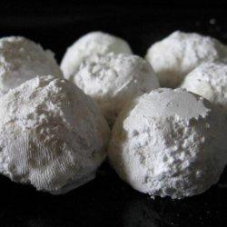 Amaretto Snowballs recipe