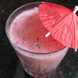 Cantaloupe, Berry and Pineapple Smoothie recipe