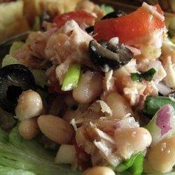 White Bean, Tuna and Tomato Salad recipe