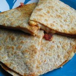 Lunchbox Pizza Quesadilla recipe