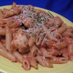 Penne with Chicken & Tomato Sauce recipe