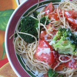 Pasta With Tomatoes, Broccoli and Cheese recipe