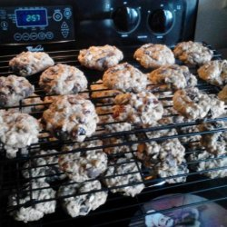 Oatmeal Craisin Chocolate Chip Cookies recipe