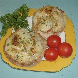 Interesting cheese-on-toast (Pizza toast) recipe