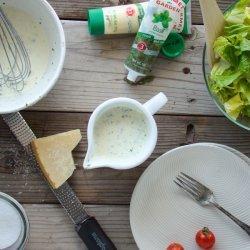 Creamy Pesto Salad Dressing recipe