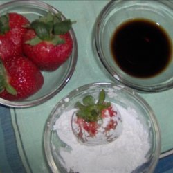 Strawberry With Balsamic Vinegar recipe