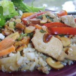 Chicken, Cashews, Red Pepper and Scallion Stir Fry recipe
