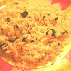 Maria's Garlic Rice With Spinach recipe