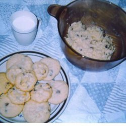 Cora's World Famous Chocolate Chip Cookies! recipe