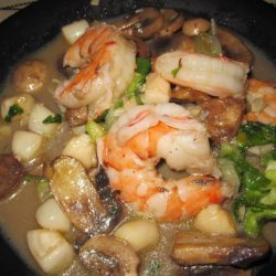 Scallops and Shrimp With Mushrooms recipe