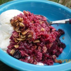 Baked Blackberry, Blueberry and Fudge Oatmeal With Pecan Crumble recipe