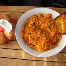 Pasta With Chicken and Vodka Sauce recipe