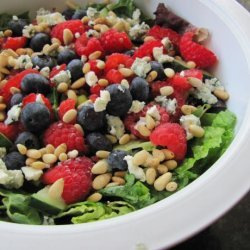Garden Salad With Raspberry Poppy Seed Dressing recipe