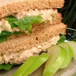 Darra's Famous Tuna Waldorf Salad Sandwich Filling recipe