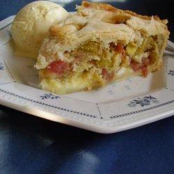 Wanda's Rhubarb Cream Pie recipe