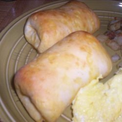 Sausage Link Roll Ups With Buttermilk Biscuits recipe