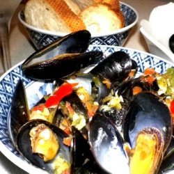 Mussels with Chili, Garlic and Basil recipe