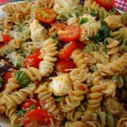 Sun-Dried Tomato & Fresh Mozzarella Pasta Salad recipe
