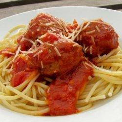 Spaghetti With Small Meatballs recipe
