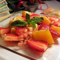 Pomegranate With Orange Juice and Strawberries recipe