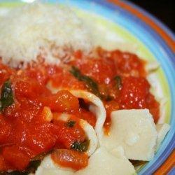 Gluten Free Fettuccine With Tomato Basil Sauce recipe