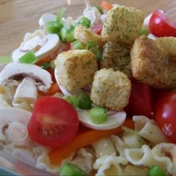 Chicken and Pasta Salad With Raw Vegetables recipe