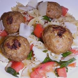 Easy Olive Oil, Tomato, and Basil Pasta recipe