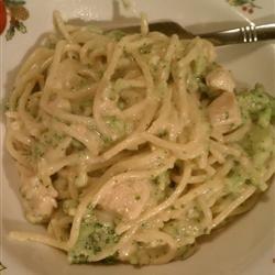 Creamy Chicken With Pasta and Broccoli recipe