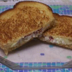 Grilled Apple, Cream Cheese, and Bacon Sandwiches recipe