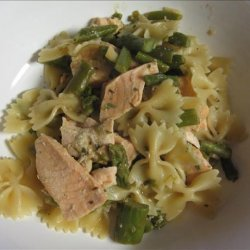 Penne with Salmon and Asparagus recipe