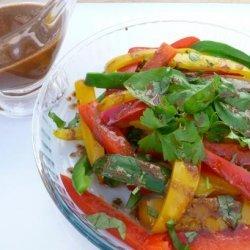 Tri Colored Pepper Salad W/ Vinaigrette Dressing recipe