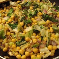 Garbanzo Beans With Escarole and Fennel recipe