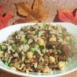 Wild Rice Pilaf With Mushrooms and Pecans recipe