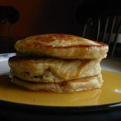 Stupendous and Easy Banana Pancakes recipe