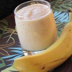 Banana Peach Buttermilk Smoothie recipe