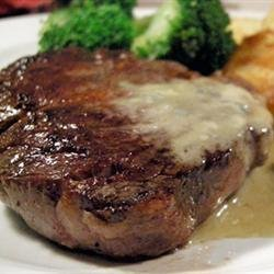 Steaks With Roquefort Sauce recipe