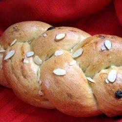 Bread Machine Cardamom Golden Raisin Almond Bread recipe