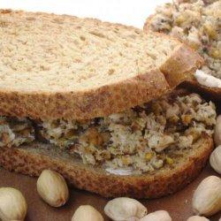 Chicken & Pistachio Sandwich recipe