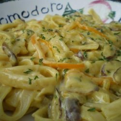 Fettuccine With Shiitakes in a Saffron Cream Sauce recipe