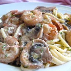 Spaghetti With Shrimp and Mushrooms recipe