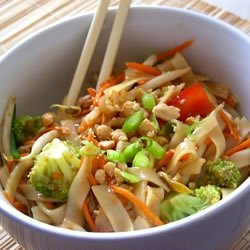Asian Pasta Salad with Beef, Broccoli and Bean Sprouts recipe