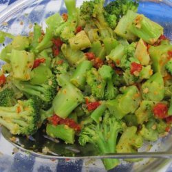 Broccoli With Sun-Dried Tomatoes and Roasted Garlic recipe