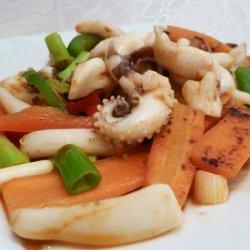 Spicy Stir Fried Squid (Ohjing-Uh Bokkeum) recipe